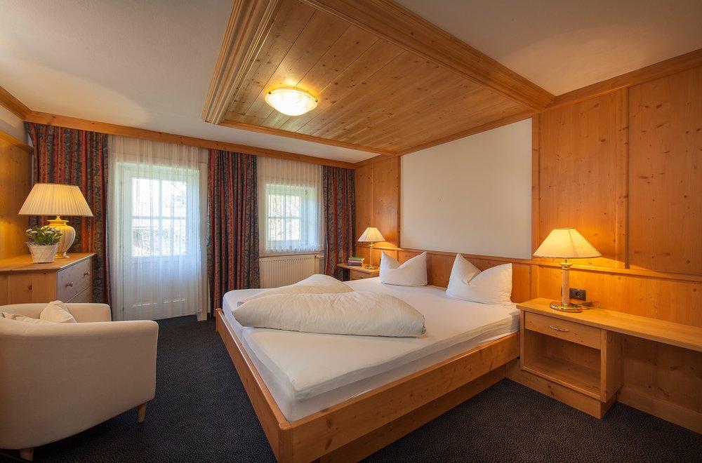 Schlafzimmer mit Teppichboden Chalet Dorfbäck
