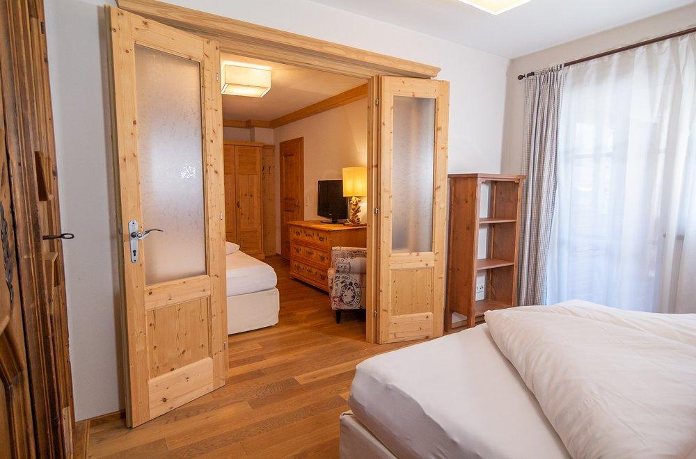 2 Schlafzimmer mit Verbindungstür Apartment Tirol