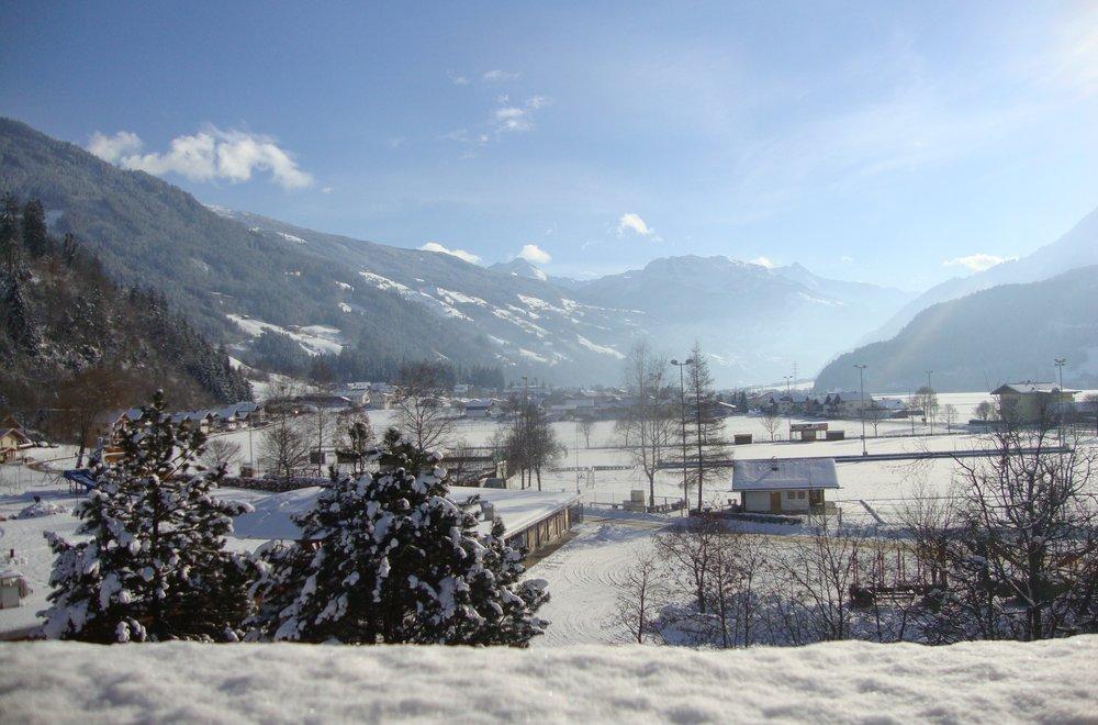 Ausblick vom Balkon im Winter Apartment Gerlosstein