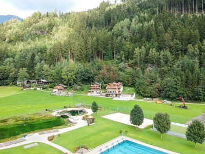 Chalet und Landhaus mit Badewelt Stumm